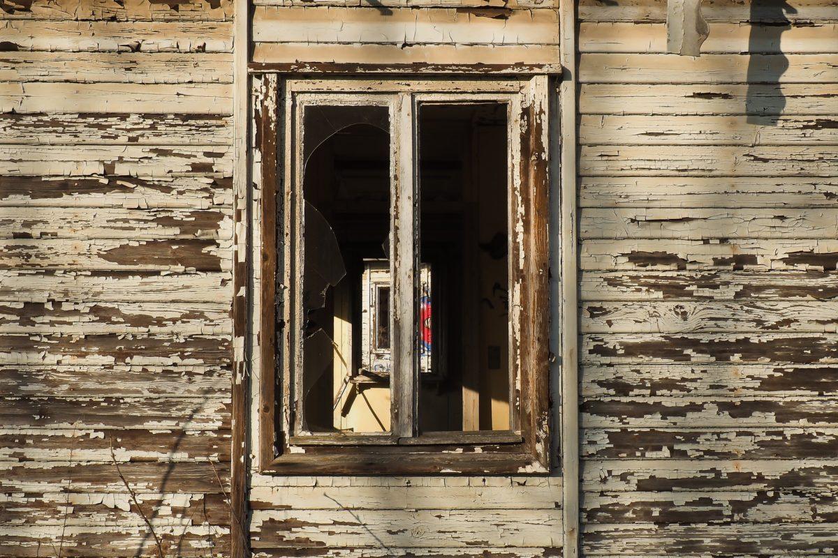 Serramenti in legno chi ha paura della manutenzione - Manutenzione finestre in legno ...