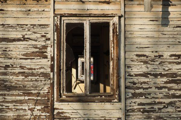 serramenti in legno: chi ha paura della manutenzione?